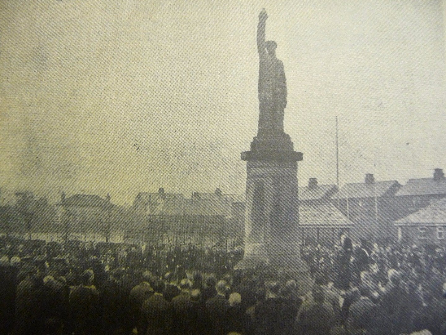 Unveiling of Cenotaph in 1925 from Fleetwood Chronicle