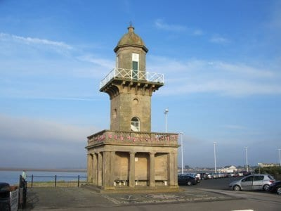 Fleetwood Lower Lighthouse in front of the North Euston Hotel